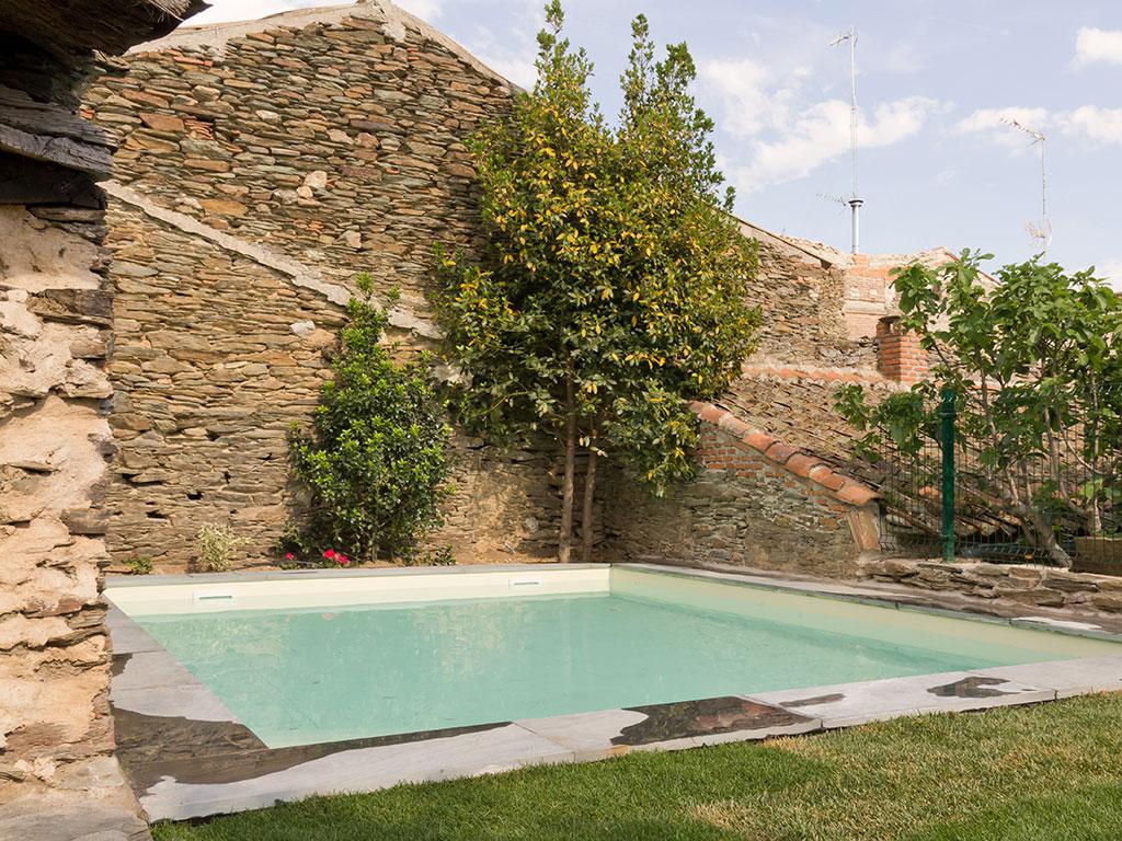 Casa rural do a catalina disfruta de la campi a segoviana - Piscina climatizada segovia ...